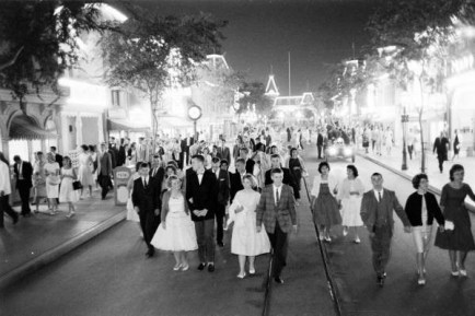 disneyland-date-night-feature-disneyexaminer-13